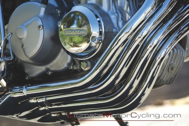 1975_Honda_CB400F_Super_Sport 6