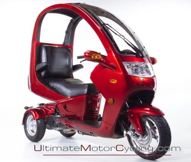 2010_Auto_Moto_Scooter 6