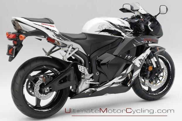 2010_Honda_CBR600RR_Motorcycle 2