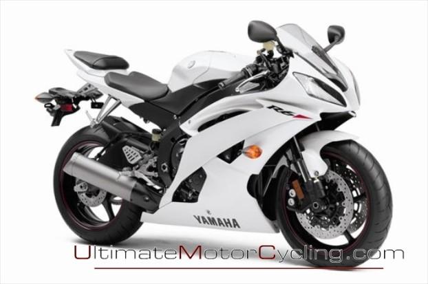 2010_Yamaha_YZF-R6 1