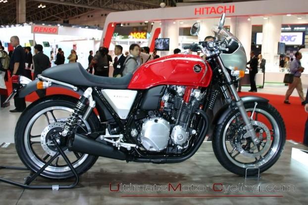 2010-Honda-CB1100 1