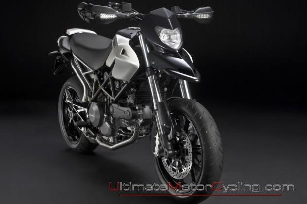 2010_Ducati_Hypermotard_796 1