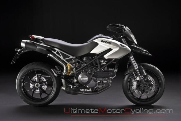 2010_Ducati_Hypermotard_796 4