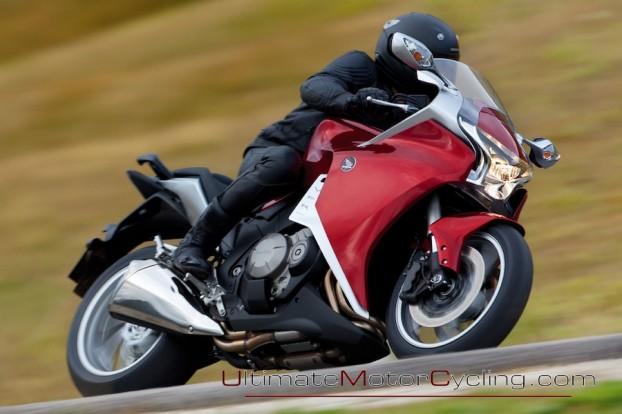 2010_Honda_VFR1200F 2