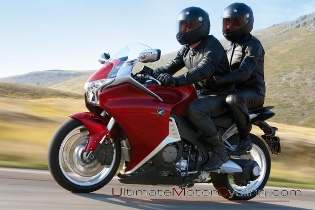 2010_Honda_VFR1200F 3