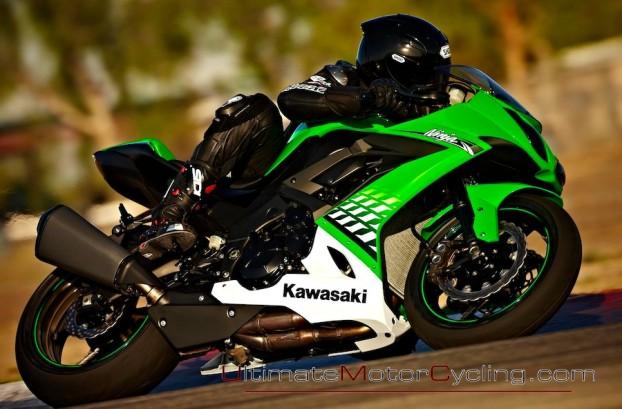 2010_Kawasaki_Ninja_ZX-10R 2