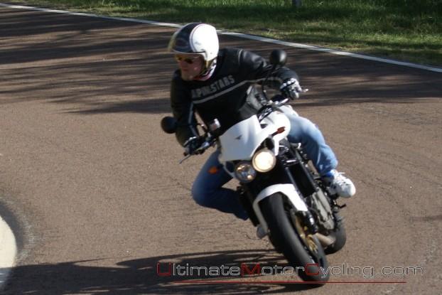 2010_Moto_Morini_Corsaro_1200_Veloce 2