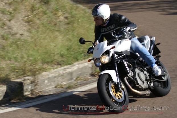 2010_Moto_Morini_Corsaro_1200_Veloce 3