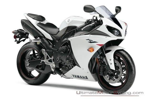 2010-Yamaha-R1-Wallpaper 3