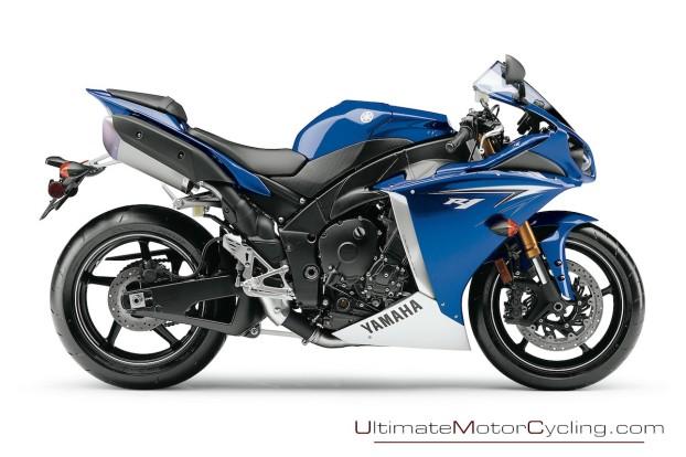 2010-Yamaha-R1-Wallpaper 4