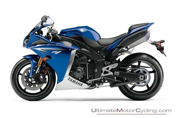 2010-Yamaha-R1-Wallpaper 5