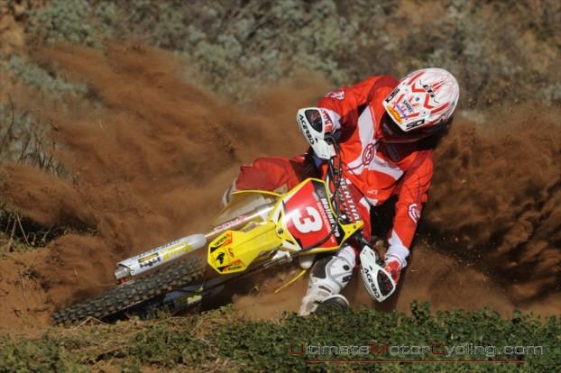 2010-Suzuki-Racing-Wallpaper 2