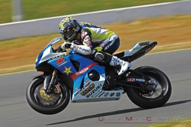 2010-Suzuki-Racing-Wallpaper 4