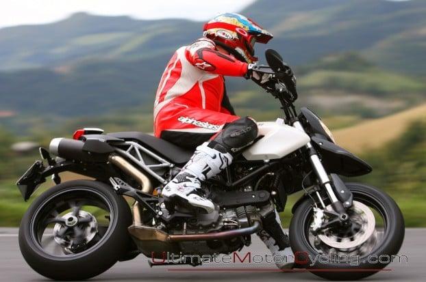 2010_Ducati_796_Hypermotard 6