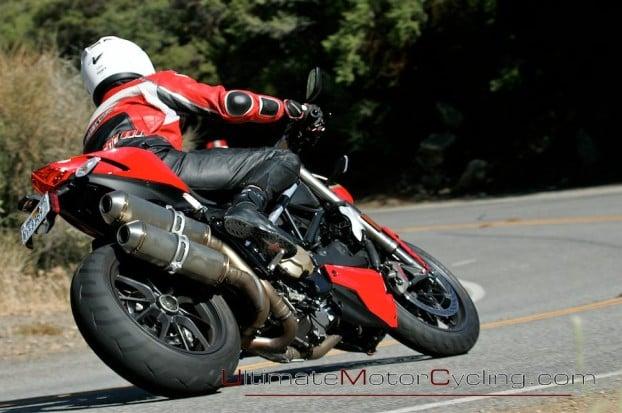 2010_Ducati_Streetfighter 4