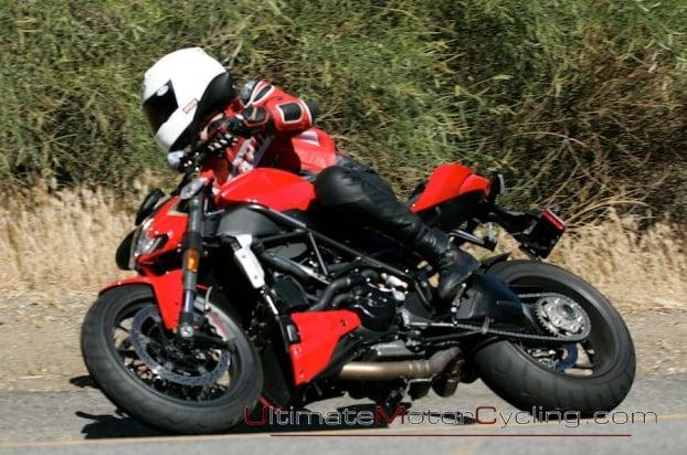 2010_Ducati_Streetfighter 5