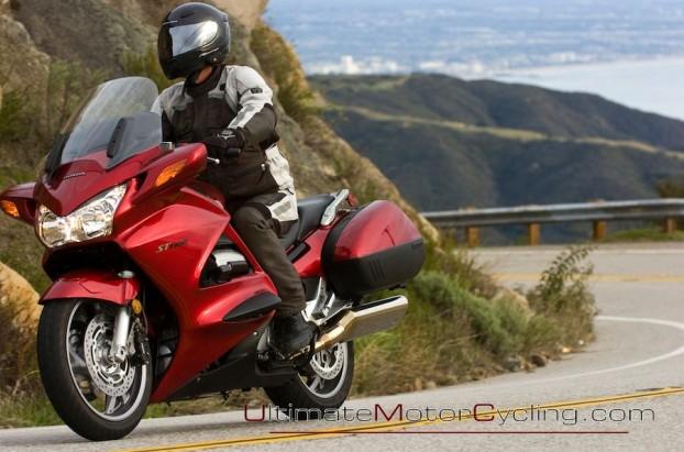 2010_Honda_ST1300_ABS  5