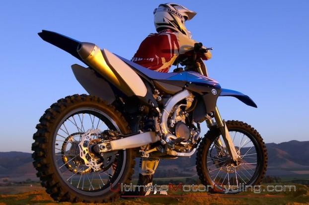 2010_Yamaha_YZ450F_Motorcycle 3