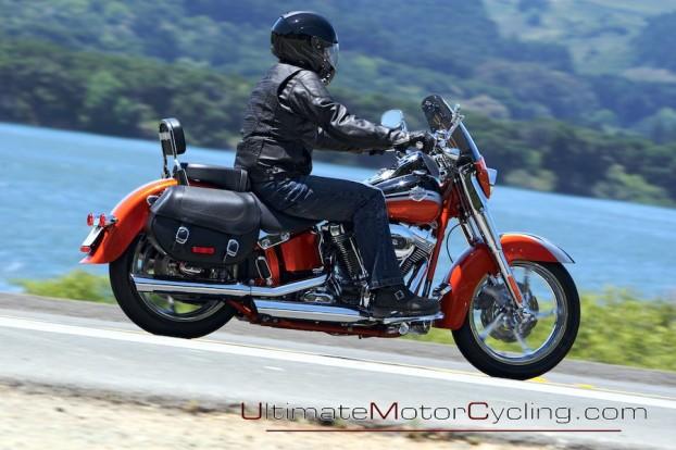 2010_Harley-Davidson_CVO 2