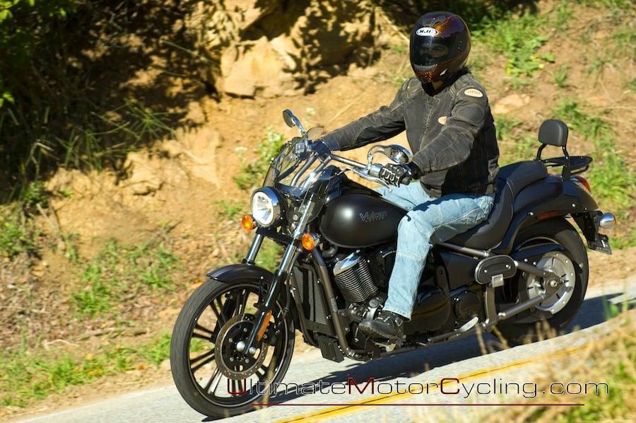 Kawasaki VN900C Vulcan 900 Custom  amazoncom