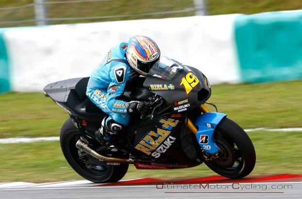 2010_Rizla_Suzuki_MotoGP_Wallpaper 3