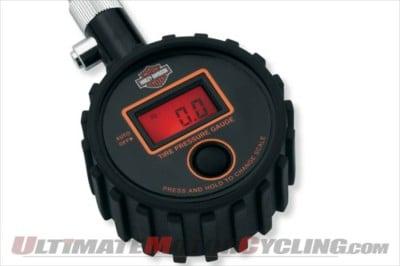 2010-harley-davidson-digital-tire-pressure-gauge (1)