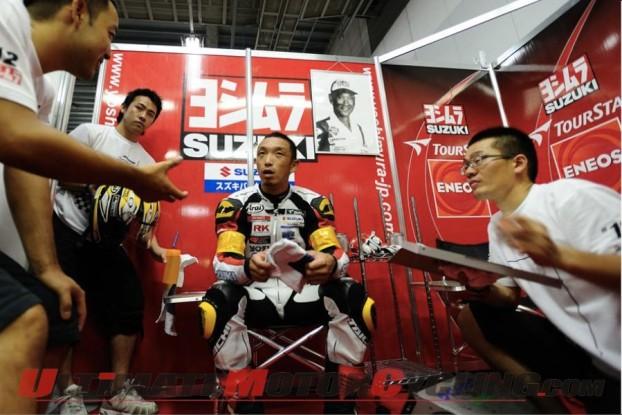 2010-suzuka-8-hours-team-yoshimura-on-pole 5
