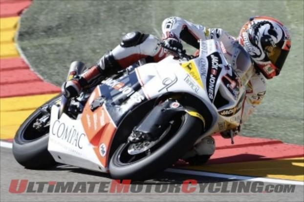 2010-aragon-moto2-iannone-has-runaway-win 4