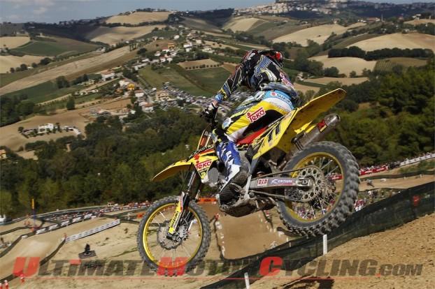2010-rockstar-energy-suzuki-motocross 2