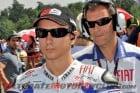 2010-yamaha-lorenzo-renews-motogp-contract 1