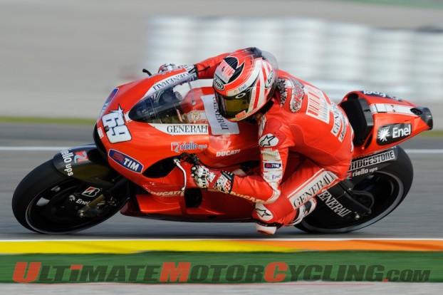 2010-ducati-stoner-last-hayden-crash 2
