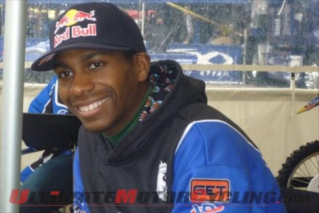 2011-james-stewart-jacksonville-supercross-crash 1