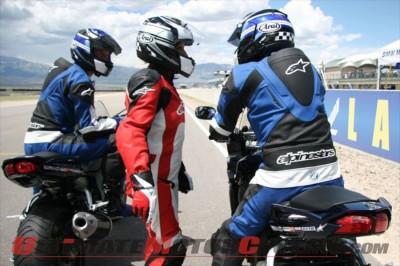 2011-yamaha-champions-riding-school-for-women