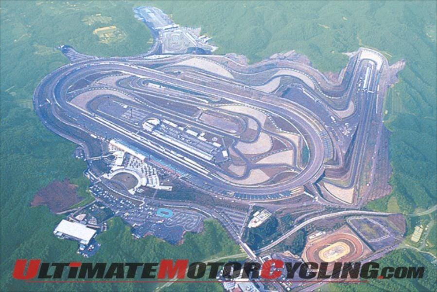 2011-motegi-motogp-japan-gets-green-light (1)