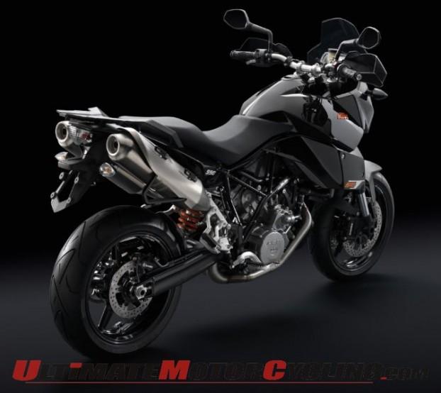 2011-ktm-990-sm-t-review 2