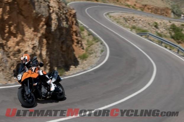2011-ktm-990-sm-t-review 5