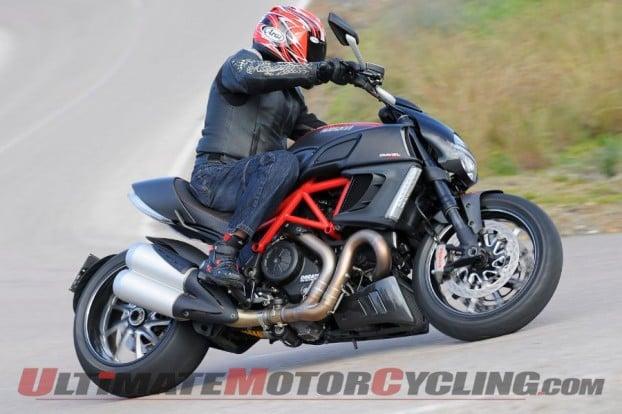 2011-ducati-diavel-quick-look 1