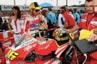 2011-motegi-motogp-rossi-crashes-injures-finger 1