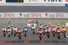 2011-motegi-motogp-rossi-crashes-injures-finger 2