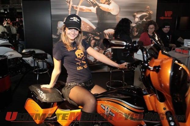 2011-eicma-custom-show-debut-success 3