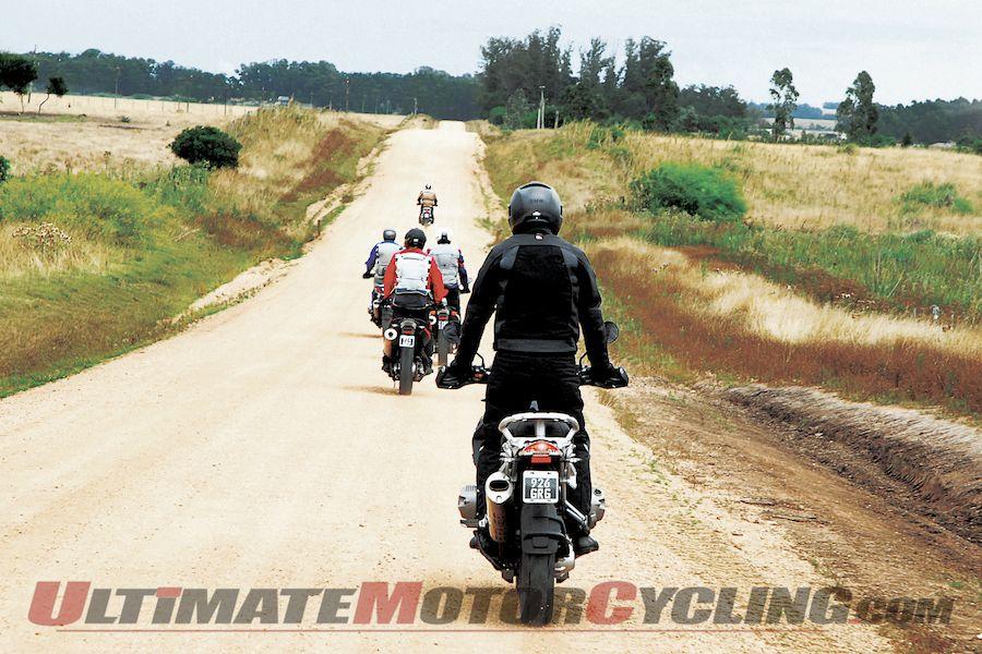 2012-bmw-motorrad-vip-getaways-in-uruguay (1)