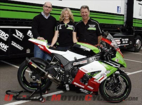 2012-maria-costello-unveils-new-iomtt-sponsor (1)