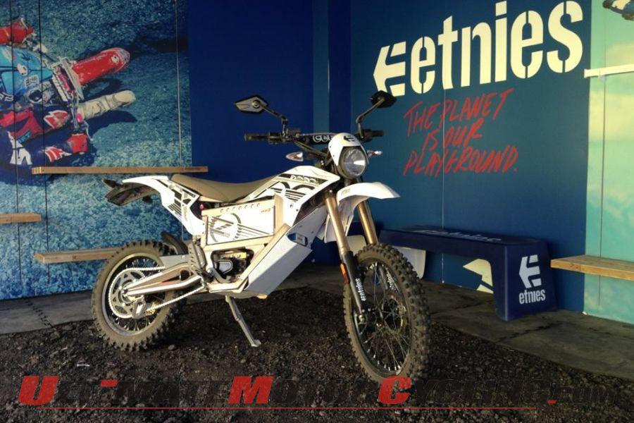 2012-zero-motorcycles-partners-with-etnies (1)