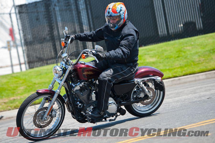 2012-harley-davidson-sportster-xl1200v-seventy-two-test 4
