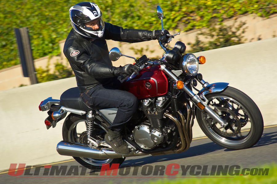 2013-honda-cb1100-first-ride 3