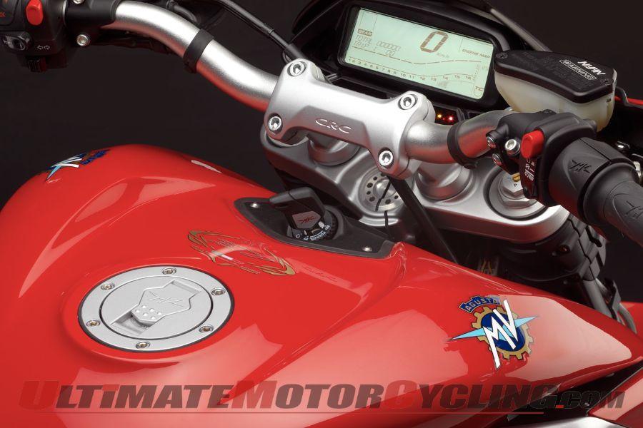 2013-mv-agusta-rivale-800-preview 3