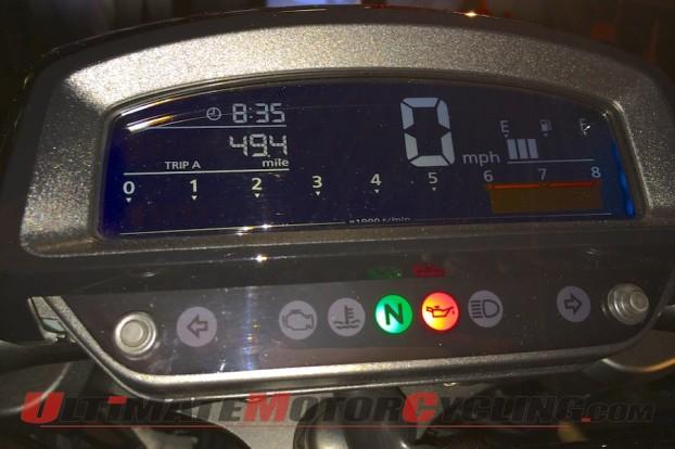 2014-Honda-Valkyrie-LCD-dashboard