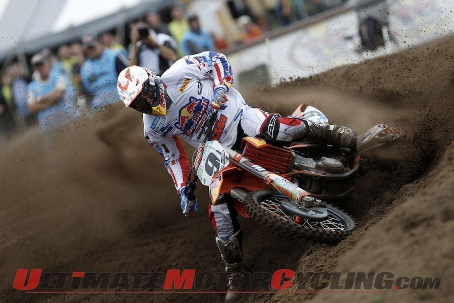 KTM's De Dycker Fractures Wrist in FIM Motocross Practice Crash