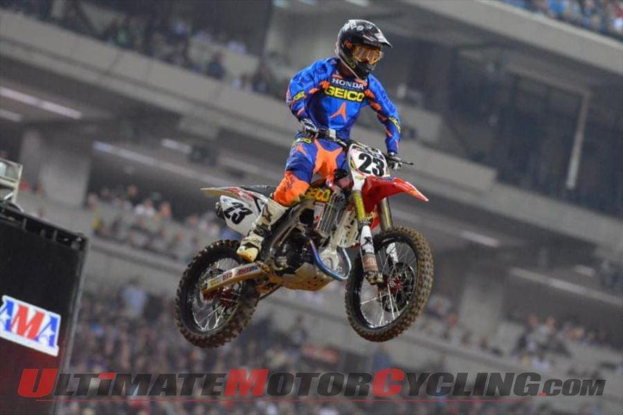GEICO Honda's Wil Hahn at Atlanta Supercross 450 race.