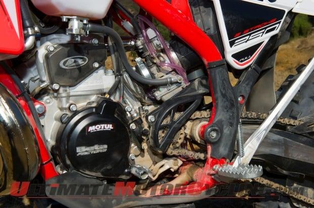 2014-Beta-250-RR-Two-Stroke-motor